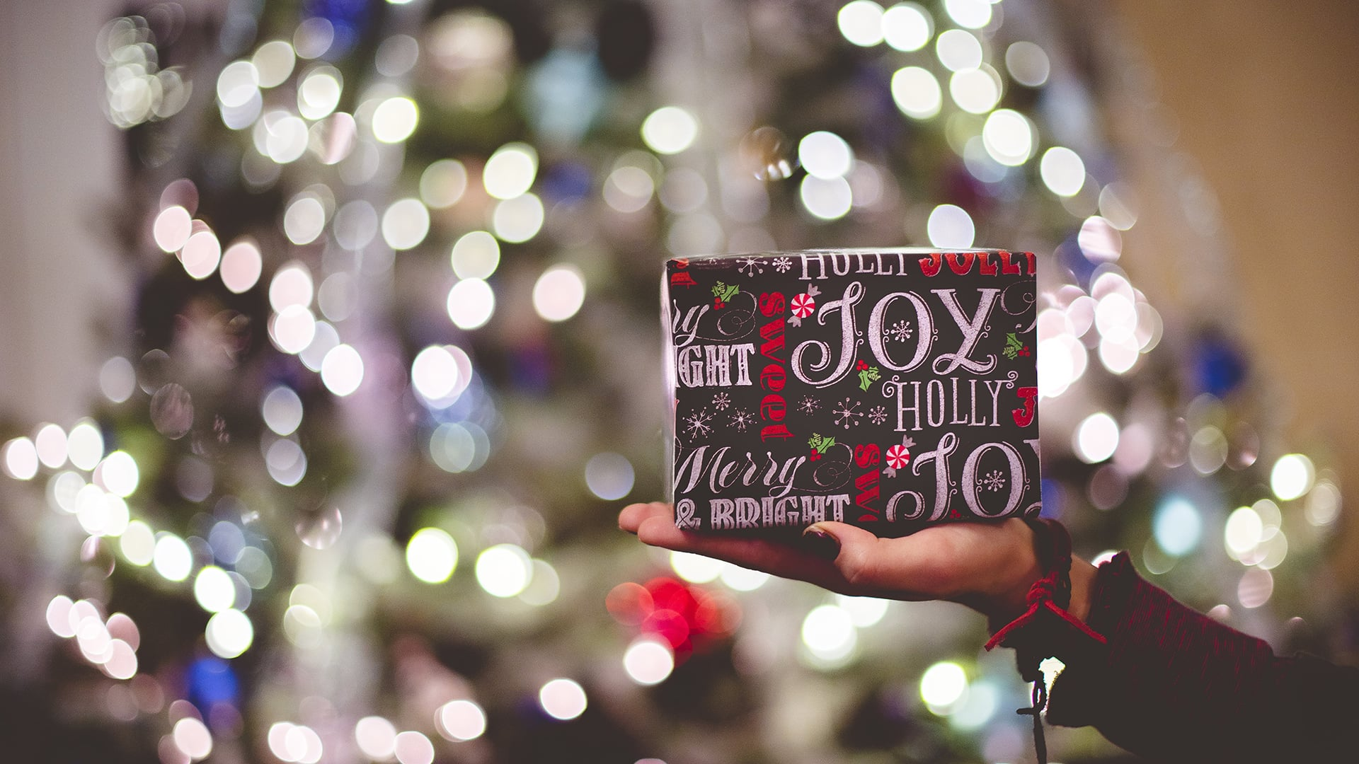 Why Your Brand Should Stay Away From the Holiday Cheer